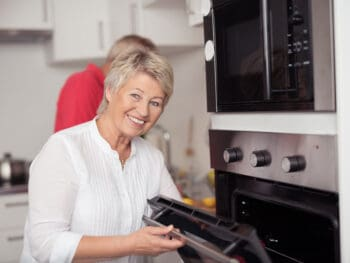 Best Microwaves For The Elderly