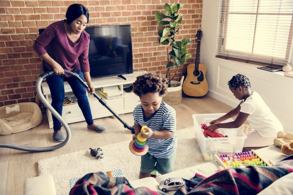 stay at home mum cleaning schedule